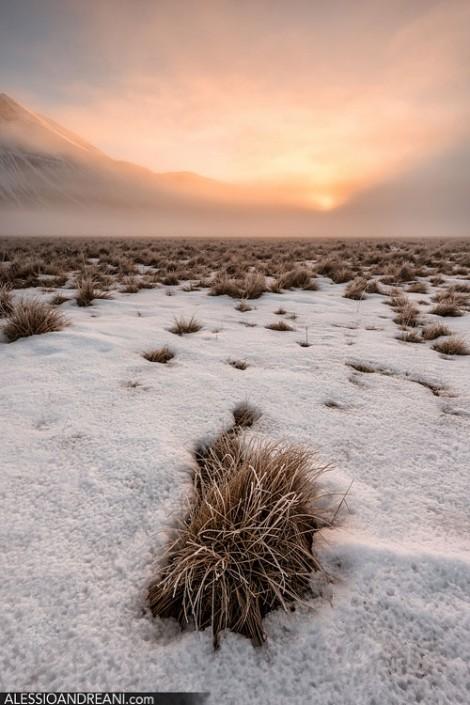 Castelluccio di Norcia alba inverno